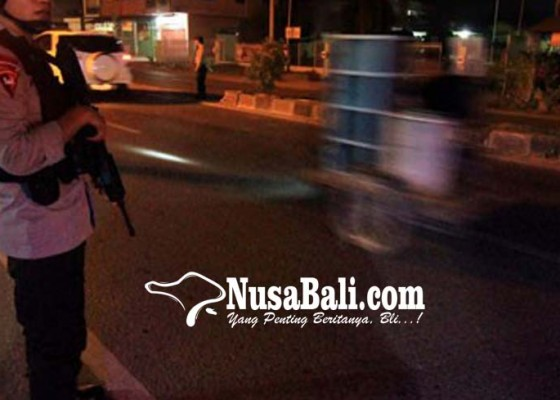 Nusabali.com - antisipasi-lempar-batu-12-jpo-dijaga-polisi