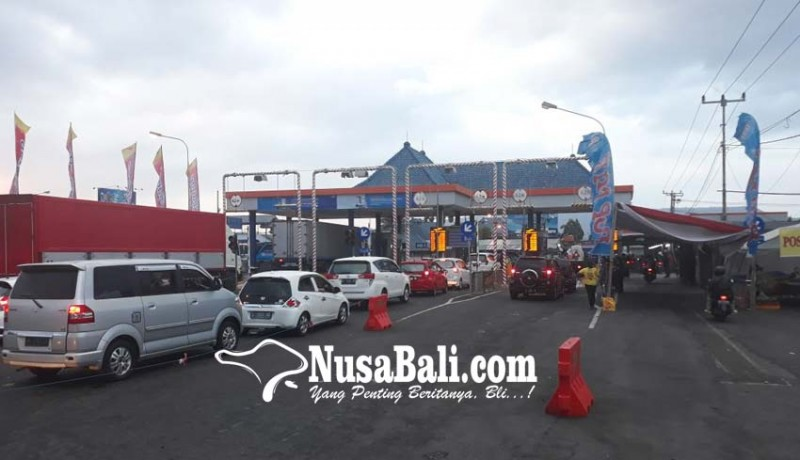 www.nusabali.com-arus-mudik-tetap-ramai-lancar-loket-tiket-ditambah-9