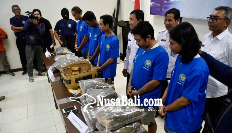 www.nusabali.com-sindikat-pengedar-1226-kg-ganja-kering-diciduk-bnnp