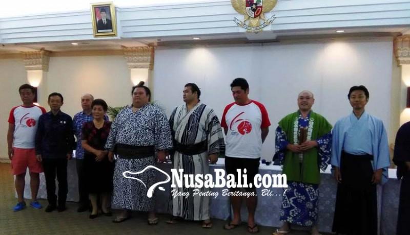 www.nusabali.com-dua-pesumo-meriahkan-hut-diplomatik-jepang-indonesia