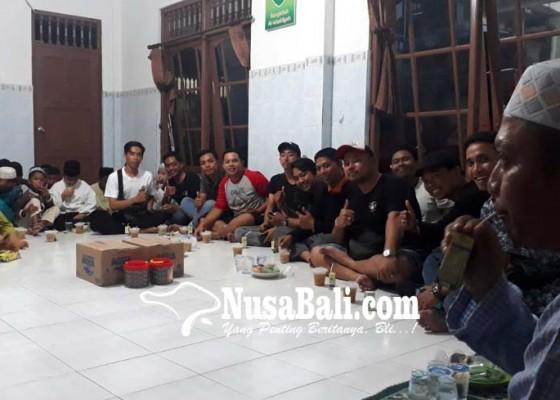 Nusabali.com - semeton-astrea-bali-berbagi-dengan-anak-yatim-piatu