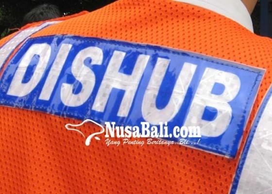 Nusabali.com - 115-personel-dishub-bantu-atur-lalin-menuju-objek-wisata