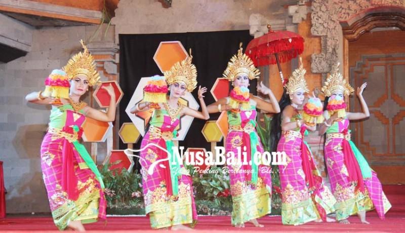 www.nusabali.com-siswa-slb-tampil-memukau-di-bee