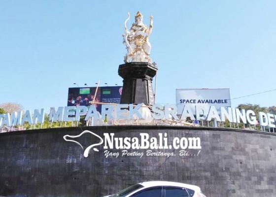 Nusabali.com - penataan-taman-di-simpang-kali-jimbaran-diharapkan-jadi-ikon