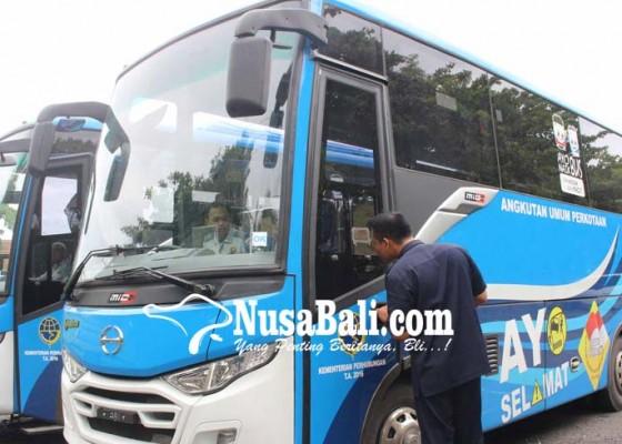 Nusabali.com - buleleng-minta-tambahan-delapan-bus-sekolah