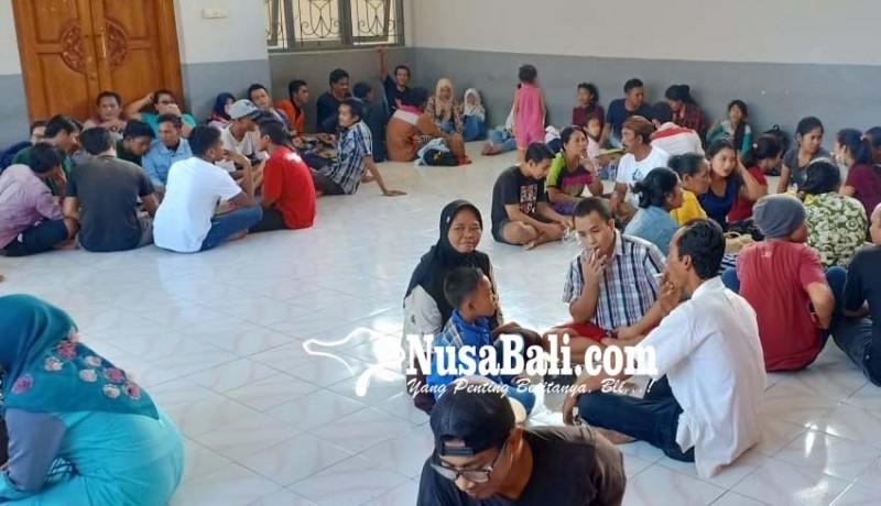 www.nusabali.com-25-narapidana-rutan-negara-terima-remisi-idul-fitri