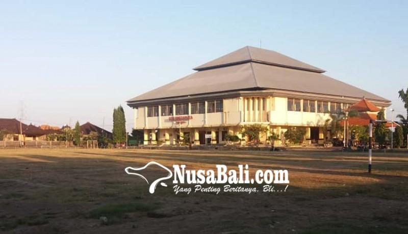 www.nusabali.com-perbaikan-gor-swecapura-sekitar-rp-500-juta