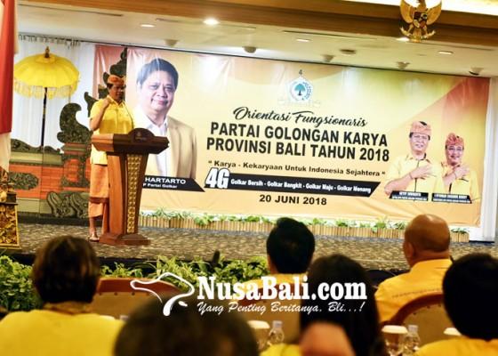 Nusabali.com - kader-golkar-wajib-menangkan-pasangan-mantra-kerta-di-tps