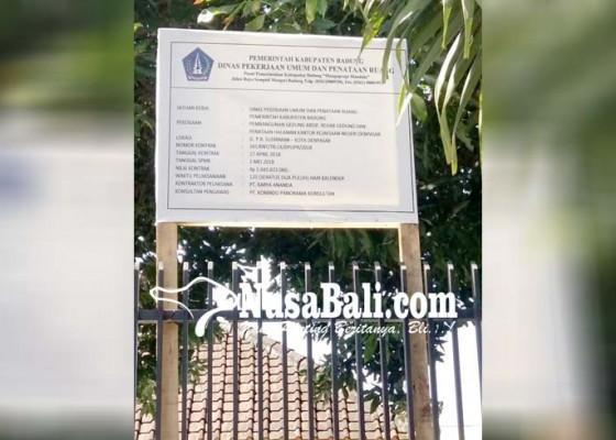 Nusabali.com - giliran-kejari-denpasar-dibantu-gedung-rp-5m
