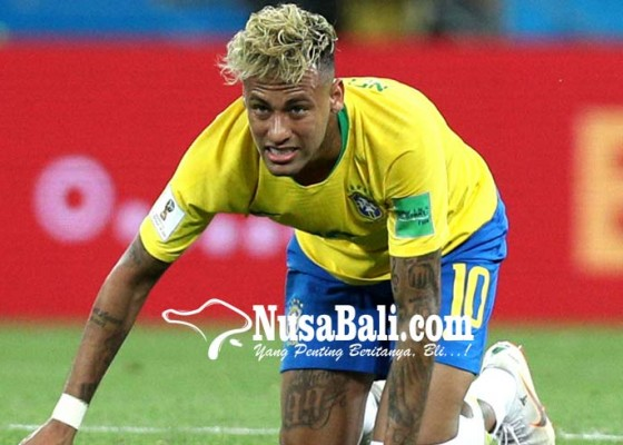Nusabali.com - fans-brasil-ancam-gelandang-swiss