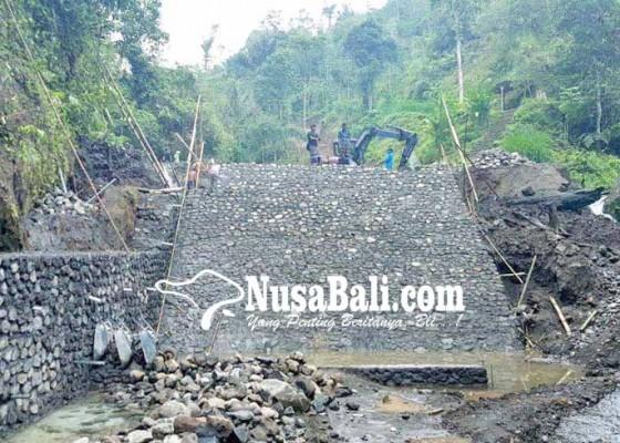 Nusabali.com - pupr-perbaiki-bendung-subak-nungnung