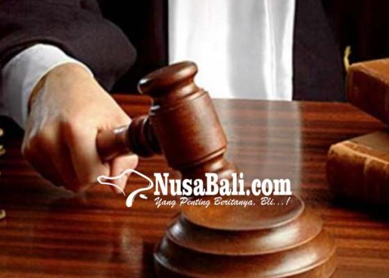 Nusabali.com - keroyok-teman-empat-bule-bulgaria-disidang