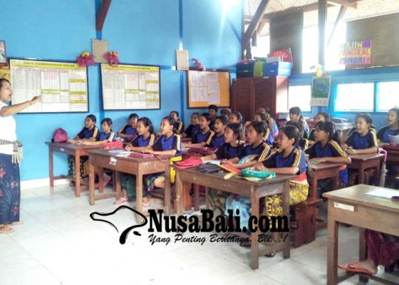 Nusabali.com - sdn-1-kawan-gelar-pasraman-kilat