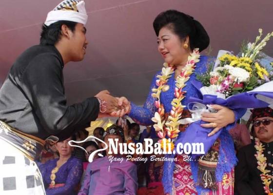 Nusabali.com - bupati-hadirkan-beragam-atraksi-seni