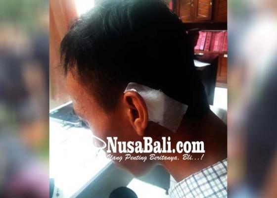 Nusabali.com - colek-pacar-teman-kepala-dikepruk-gir