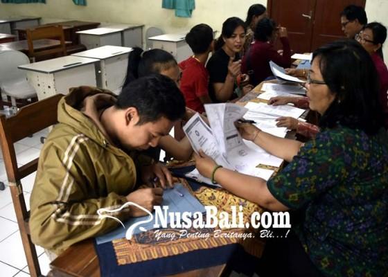 Nusabali.com - ppdb-jalur-prestasi-smp-tak-wajibkan-pakai-sertifikat-pemerintah