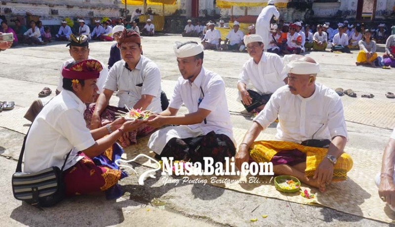 www.nusabali.com-pemkab-klungkung-ngaturang-bakti-panganyar