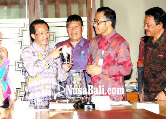 Nusabali.com - duta-besar-ri-dan-pemkot-denpasar-dukung-ukm-ikuti-festival-indonesia