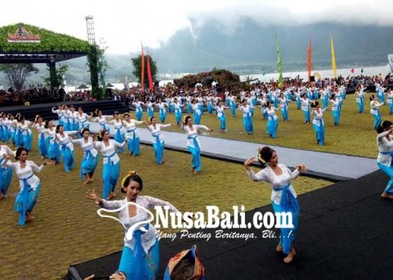 Nusabali.com - semarak-deputi-kemenpar-janji-bantu-dana-rp-1-miliar