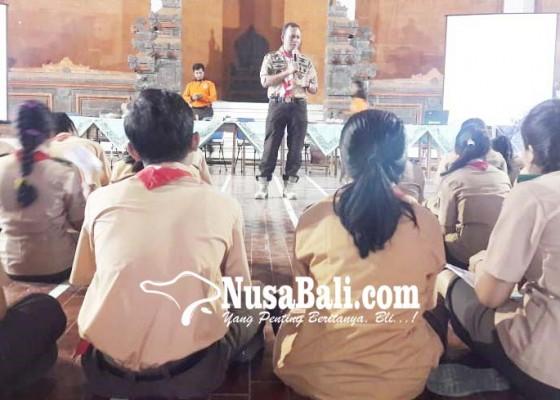 Nusabali.com - pramuka-bentuk-relawan-penanganan-bencana