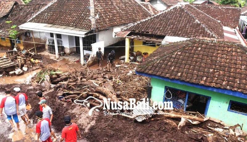 www.nusabali.com-dampak-banjir-bandang-banyuwangi