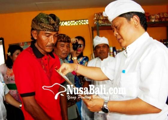 Nusabali.com - rai-mantra-perkuat-desa-menuju-perekonomian-yang-berdikari
