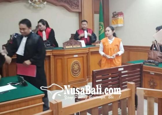 Nusabali.com - dakwaan-cacat-terdakwa-minta-bebas
