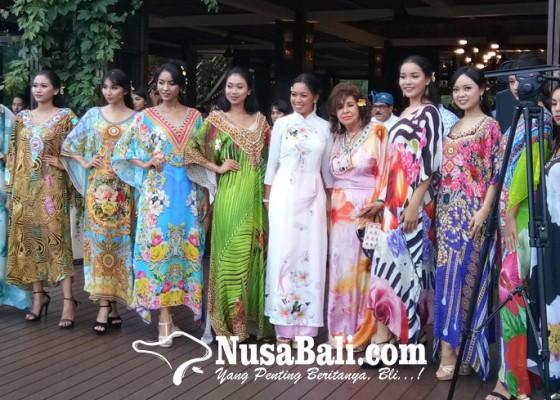 Nusabali.com - pertama-di-dunia-tanam-bunga-berhadiah-1-milyar