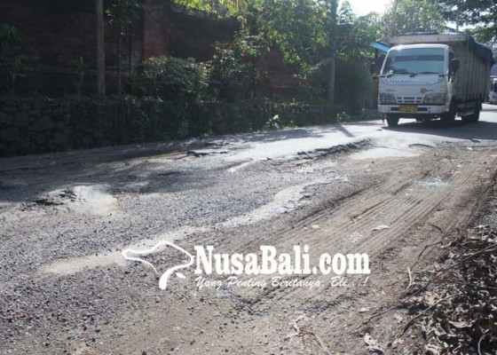 Nusabali.com - jalan-gunung-merapi-berbahaya