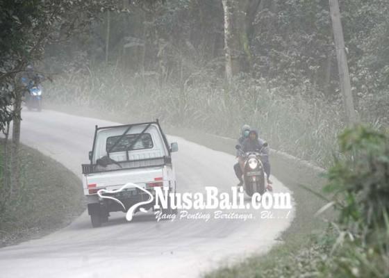 Nusabali.com - aktivitas-vulkanik-gunung-agung-menurun