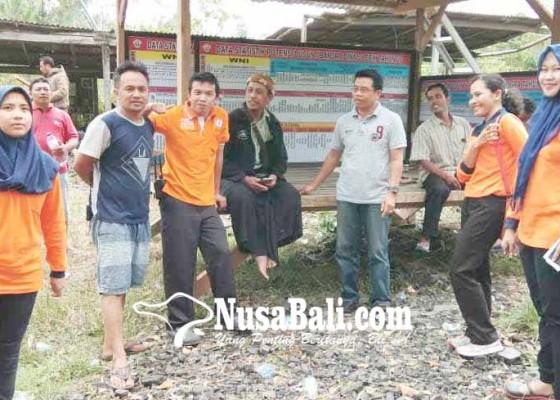 Nusabali.com - warga-sogra-bangun-pos-pantau-gunung-agung