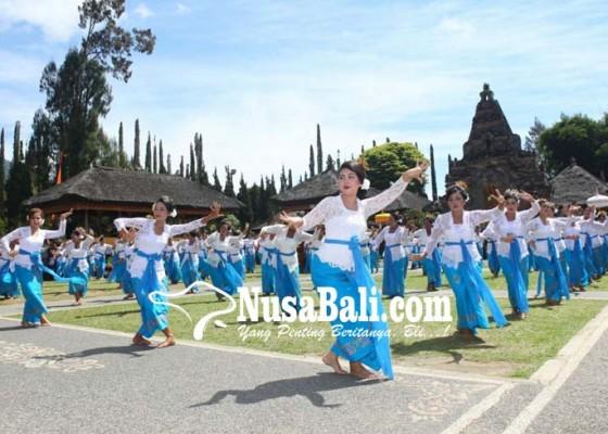 Nusabali.com - festival-naikkan-kunjungan-1717-persen
