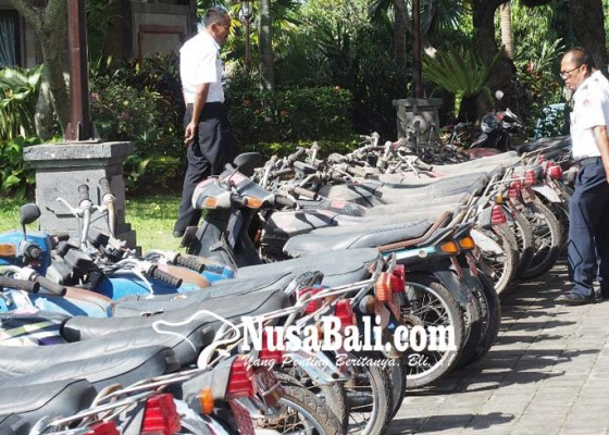 Nusabali.com - kendaraan-lelang-kebanyakan-rusak-parah