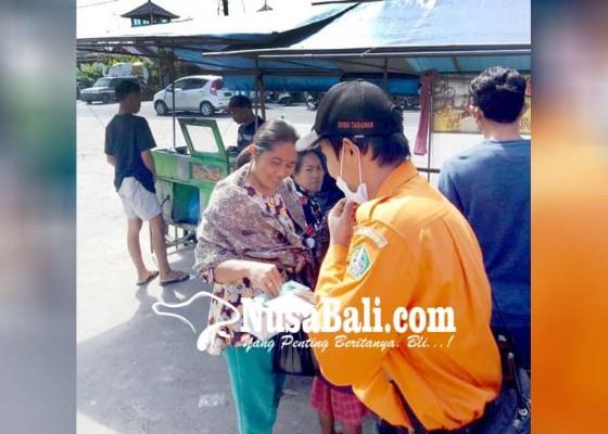 Nusabali.com - bpbd-dan-pmi-sebar-masker