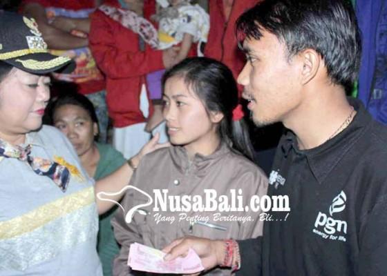 Nusabali.com - bayi-pengungsi-meninggal-keracunan