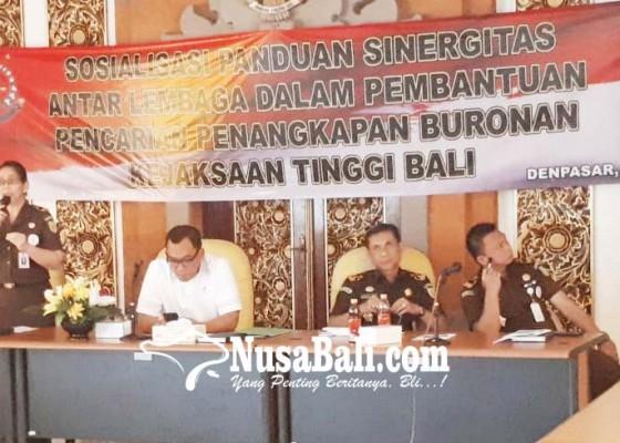 Nusabali.com - 40-buron-kejagung-sembunyi-di-bali
