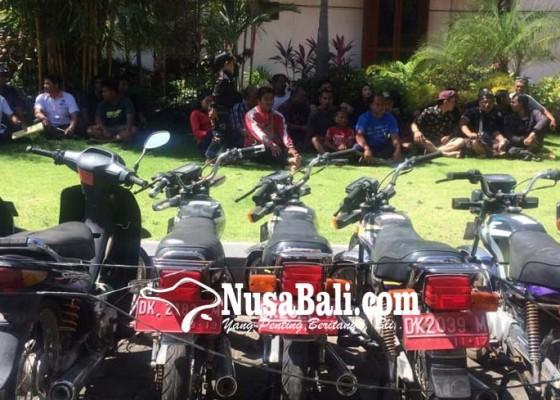 Nusabali.com - lelang-kendaraan-dinas-tiga-motor-belum-laku