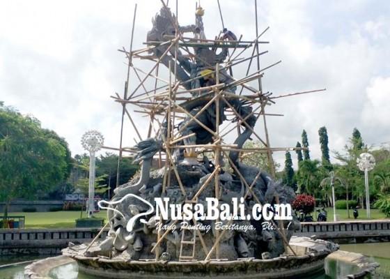 Nusabali.com - jelang-hut-patung-dewa-ruci-diwarnai