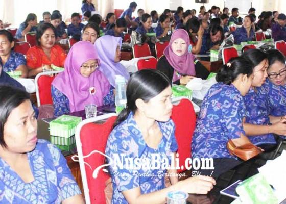 Nusabali.com - seratusan-guru-kb-pelatihan-kurikulum-2013