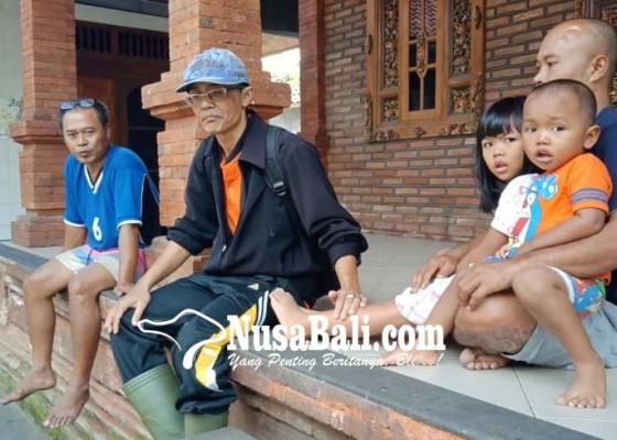 Nusabali.com - anjing-rabies-gigit-3-orang-di-batuan