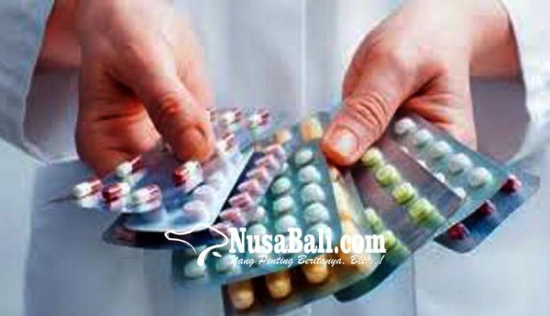 www.nusabali.com-pengedar-obat-keras-ilegal-dituntut-18-bulan
