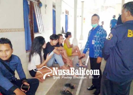 Nusabali.com - bnnk-gianyar-tes-urine-penghuni-kos