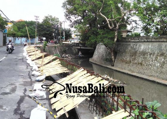 Nusabali.com - penataan-tukad-mati-segmen-dua-mulai-dengan-peninggian-tanggul