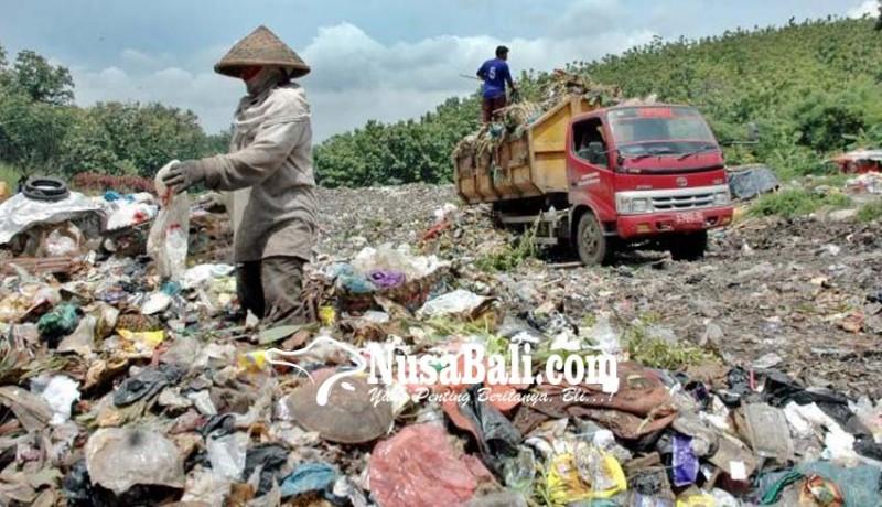 www.nusabali.com-sampah-di-tps-liar-belum-diuruk