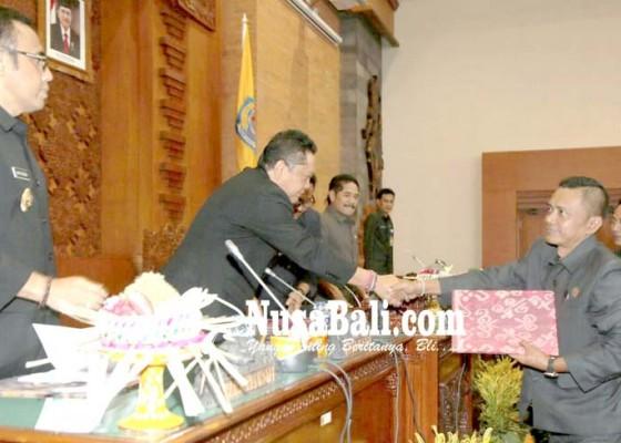 Nusabali.com - sidang-paripurna-dprd-walikota-denpasar-ajukan-dua-ranperda