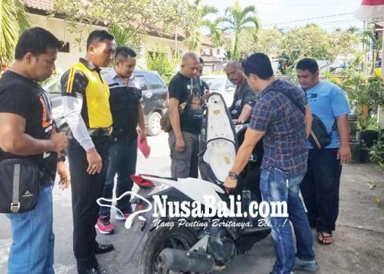 Nusabali.com - sebulan-hilang-motor-ditemukan-di-pinggir-jalan