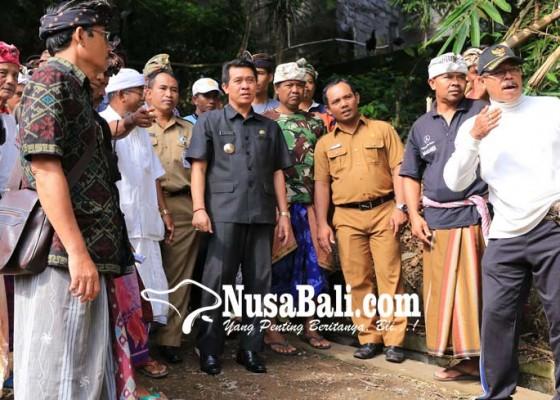 Nusabali.com - bupati-minta-tuntaskan-pekerjaan-padat-karya