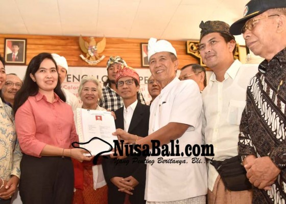 Nusabali.com - batal-nyalon-satwika-beralih-dukung-pastika