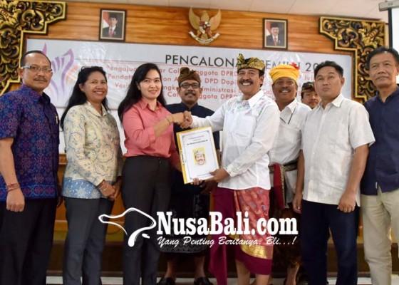 Nusabali.com - elite-golkar-dampingi-suamba-negara