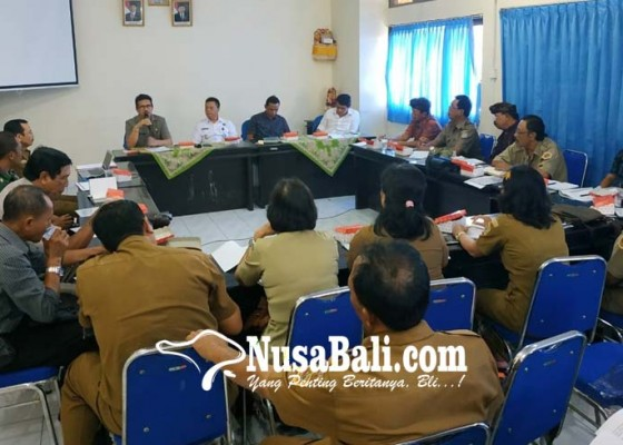 Nusabali.com - tekan-narkoba-bnnk-gianyar-gandeng-desa